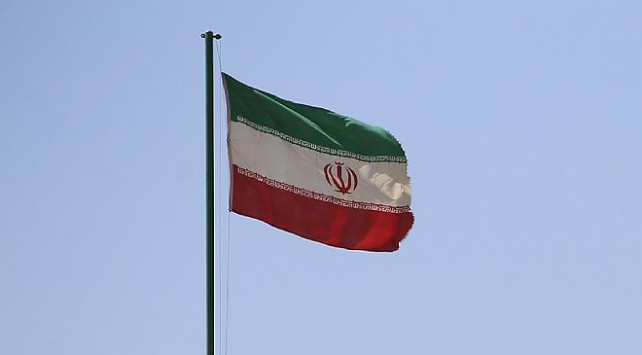 İran, Irak sınırında 'terör gruplarını temizlemek için' tatbikat başlattı