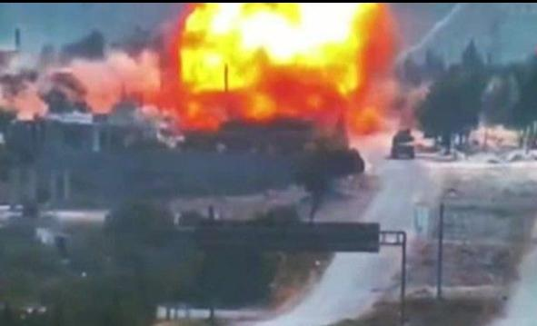 M4 karayolunda Rus araçlarının geçişi sırasında bombalı saldırı