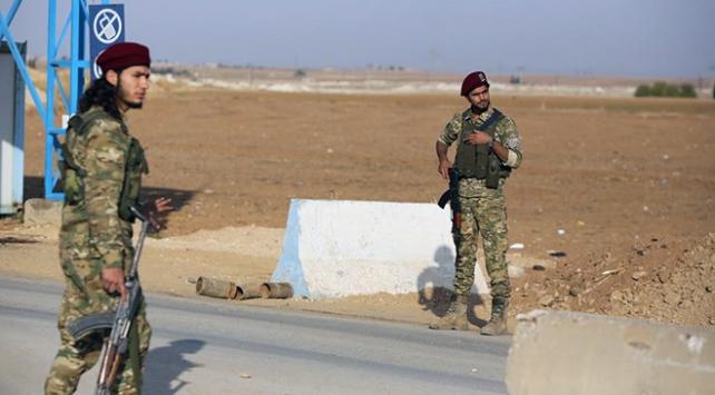 Suriye Milli Ordusu (SMO) askerleri,