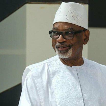 Askeri darbe ile alıkonulan Mali Cumhurbaşkanı istifa etti