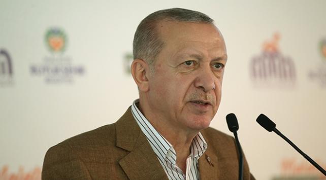 """Cumhurbaşkanı Recep Tayyip Erdoğan, """"Gezi olaylarından itibaren ardı ardına yaşadığımız onca saldırıya rağmen 2023 hedefleri bir yol haritası olarak halen önümüzde duruyor."""" dedi."""