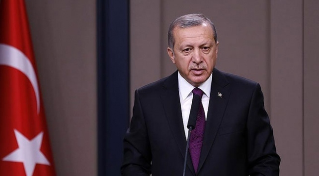 """Cumhurbaşkanı Erdoğan, """"Hatay'da gerçekleştirdikleri başarılı terörle mücadele operasyonu nedeniyle kahraman güvenlik güçlerimizi tebrik ediyorum"""" açıklamasını yaptı."""