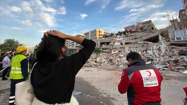 Ege Denizi'nde meydana gelen 6,6 büyüklüğündeki depremin ardından Avrupa'dan çok sayıda devlet başkanı ve siyasetçi Türkiye'ye taziye ve dayanışma mesajı gönderdi.