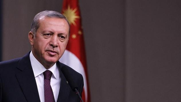 Cumhurbaşkanı Recep Tayyip Erdoğan, uykudan, aileden, vakitten fedakarlık yaparak, 81 vilayetin tamamını kalkındırmak için daha çok çalışacaklarını, daha çok koşturacaklarını ifade etti.