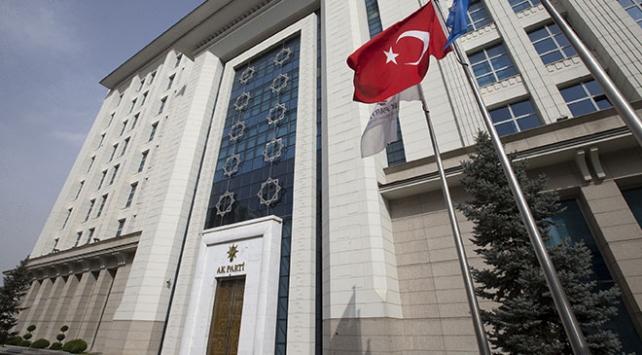 AK Parti Genel Başkan Yardımcısı Erkan Kandemir, gelecek haftadan itibaren kongrelere ara vereceklerini açıkladı.