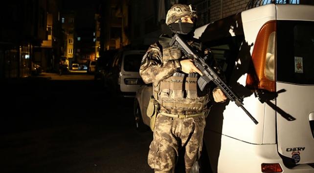İstanbul'da düzenlenen terör örgütü PKK/KCK'ya yönelik operasyonda Şişli Belediye Başkan Yardımcısı Cihan Yavuz'un de aralarında olduğu 19 şüpheli gözaltına alındı.